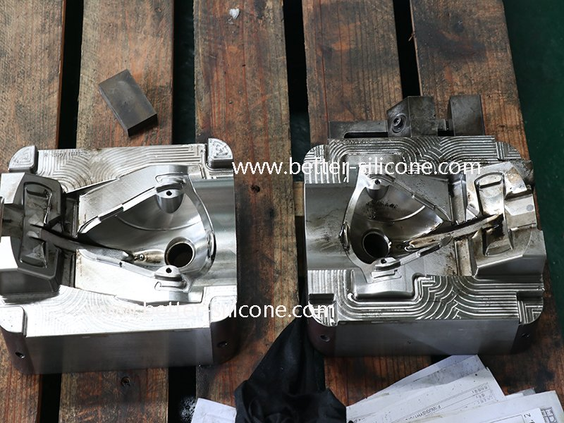 medical plastic injection mold.jpg